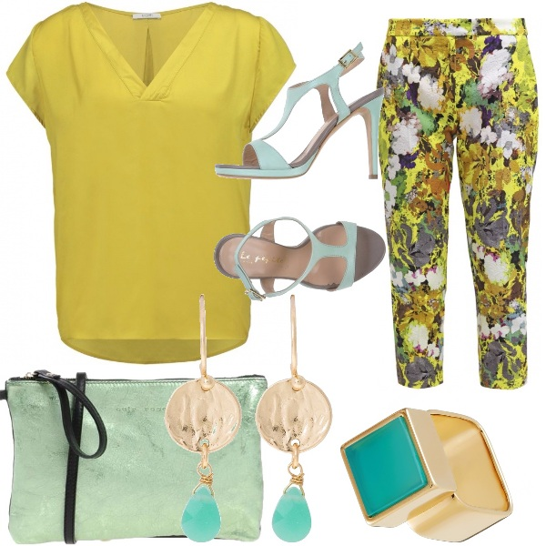 Outfit Giallo damascato e turchese