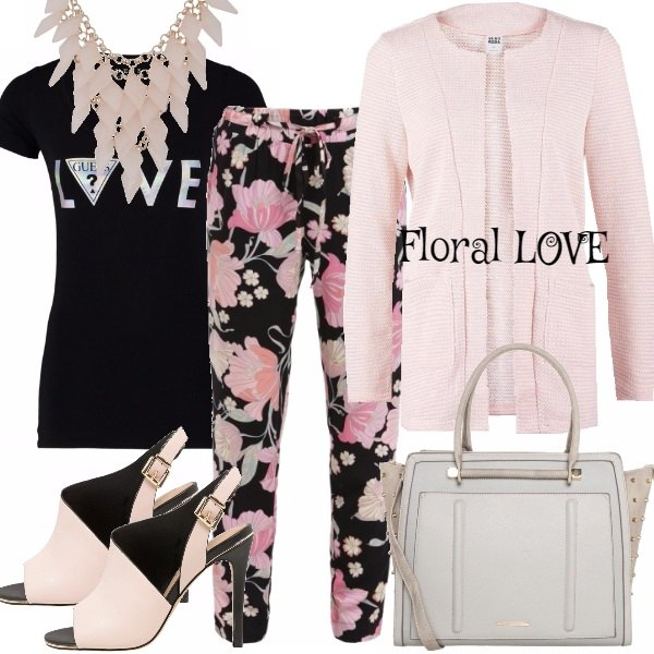 Outfit FLORAL LOVE