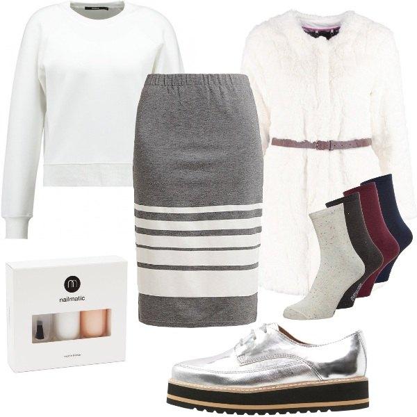 Outfit Candido e un po' spaziale