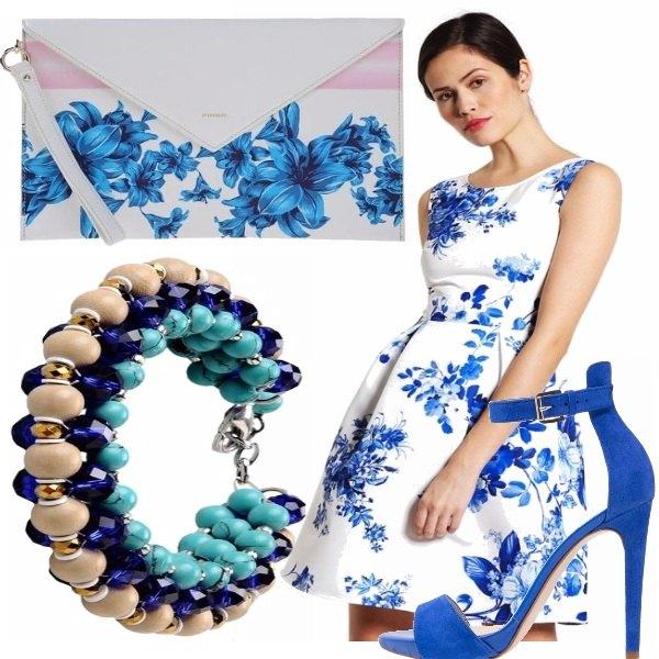 Outfit Vestito blu floreale!