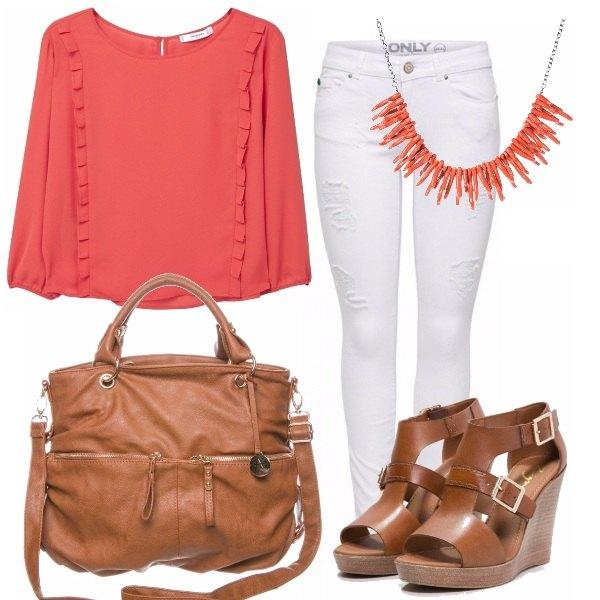 Outfit Color corallo
