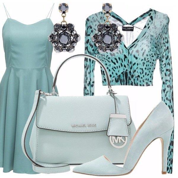 Outfit Verde acqua e pennellate di nero