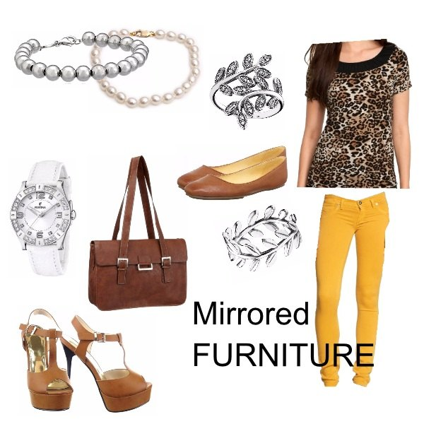 Outfit Mirrored Furniture