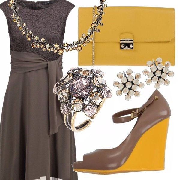 Outfit Elegante con la zeppa