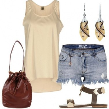 Outfit Un\'estate al top