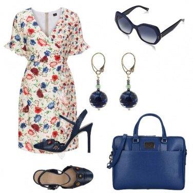 Outfit Blue e fiori