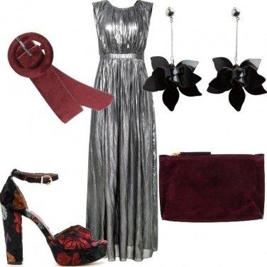 Outfit Fiori XXL per la sera