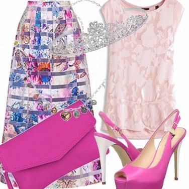 Outfit Reginetta della serata