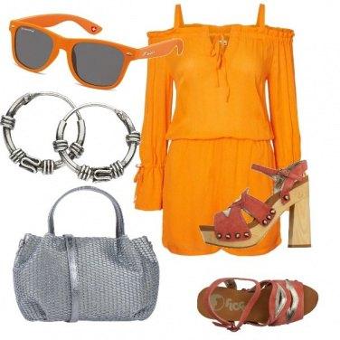 Outfit Arancio e metallo