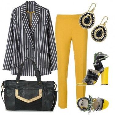Outfit Giallo lime e righe