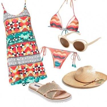 Outfit Colori al mare