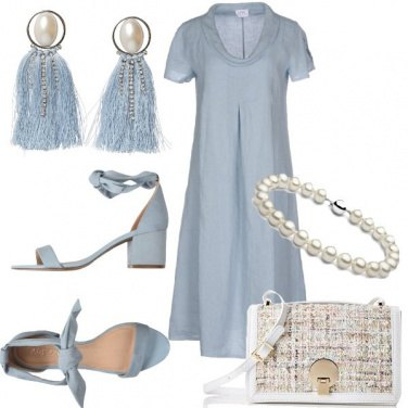 Outfit Maxi orecchini sul bon ton