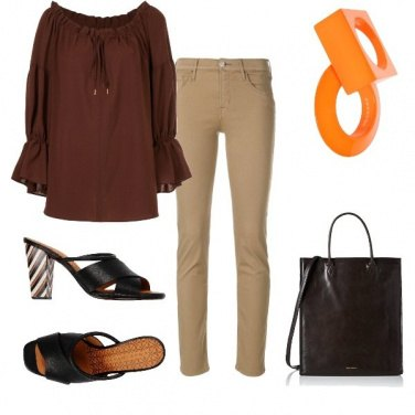 Outfit Toni marrone