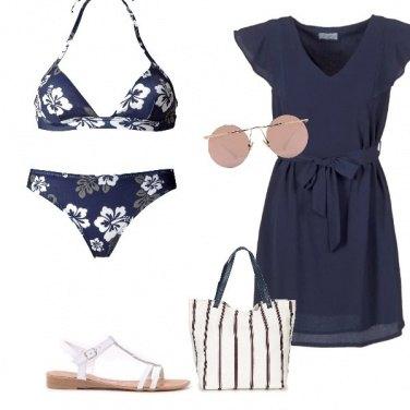 Outfit Blue Beach