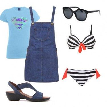 Outfit Super(wo)man al mare