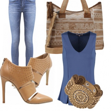 Outfit Camel and blu