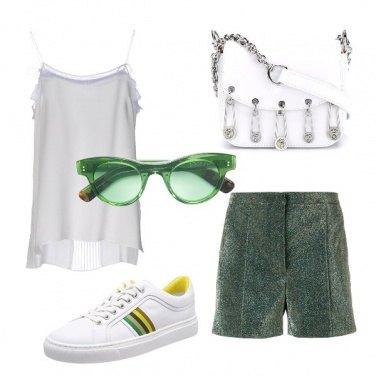 Outfit Shorts laminati