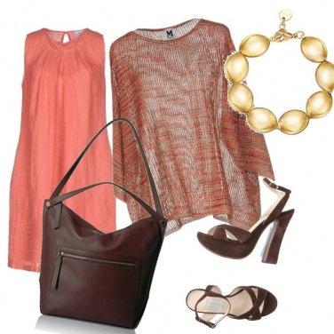 Outfit CMPS Stagione calda, colori caldi