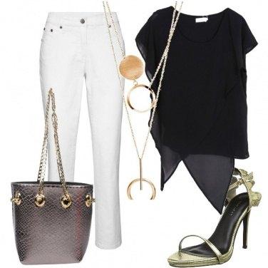 Outfit Bianco, nero e oro