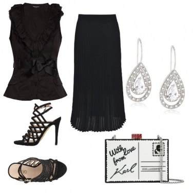 Outfit La clutch di Karl Lagerfield