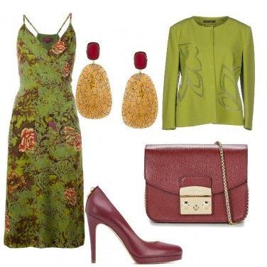 Outfit Eleganza bordeaux e oliva