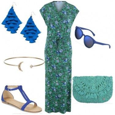 Outfit Il prato dai fiori blu