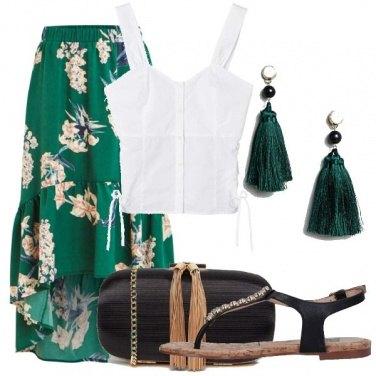 Outfit Verde nero e fiori
