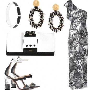 Outfit B&W con foglie