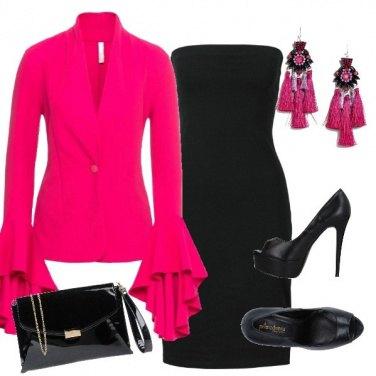 Outfit Nero e fucsia