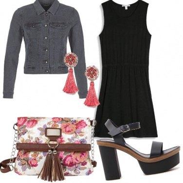 Outfit La borsa fiorita