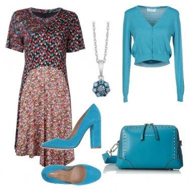 Outfit Turchese e fiori