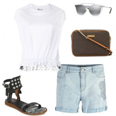 Outfit Tracolla e shorts