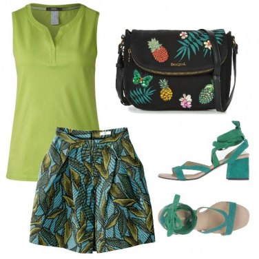 Outfit Jungle green
