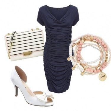 Outfit Tubino con pieghe