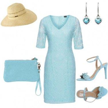 Outfit In Azzurro con Cappello