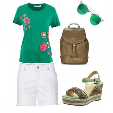 Outfit Verde in estate