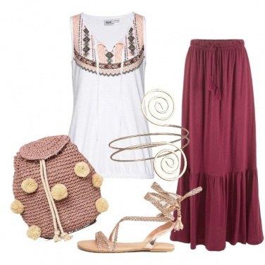 Outfit Gonna lunga e zainetto con pompon