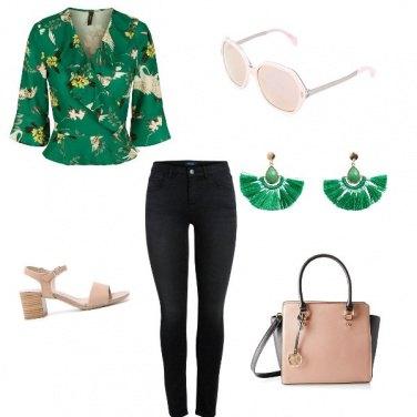 Outfit Un tocco di verde