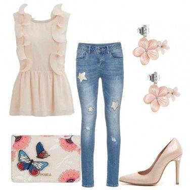 Outfit Romanticamente io...