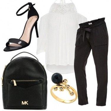 Outfit Premaman con classe