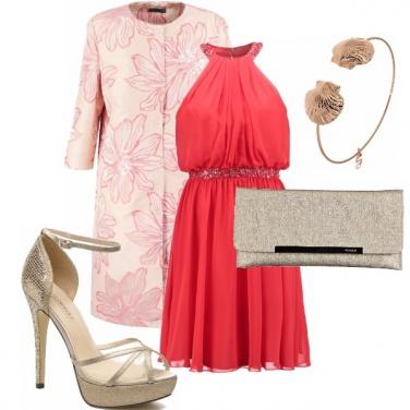 Outfit Cerimonia estiva in corallo e oro