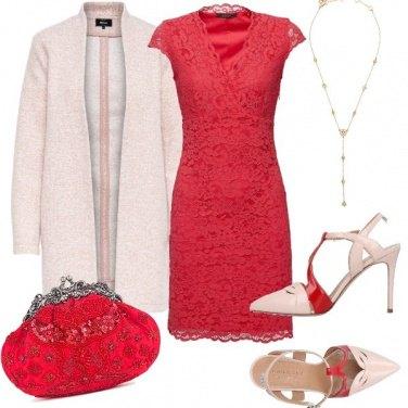 Outfit Matrimonio tra cipria e corallo