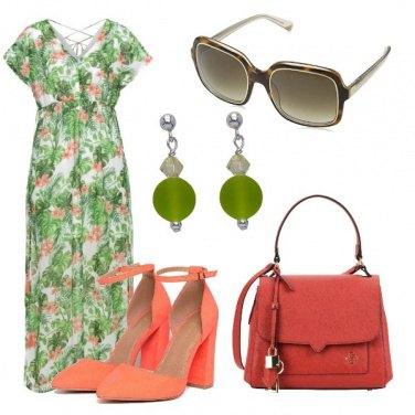 Outfit Verde prato e arancio