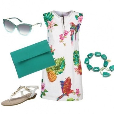 Outfit Green White