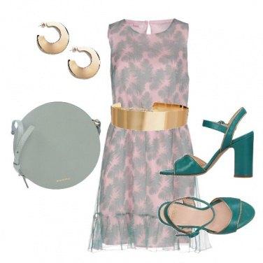 Outfit La cintura dorata