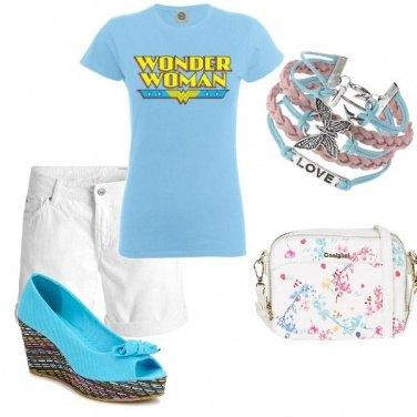 Outfit In bianco e azzurro