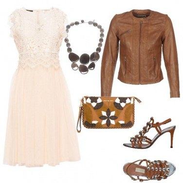 Outfit Il vestito in pizzo