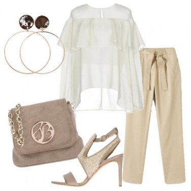 Outfit Blusa bianca con volant