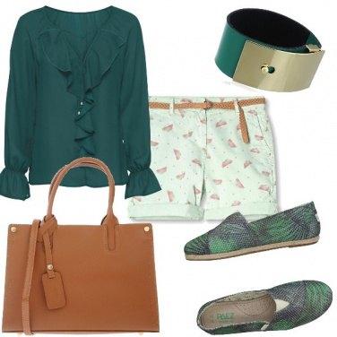 Outfit Camicia e bermuda