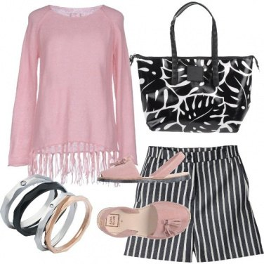 Outfit Frange e righe